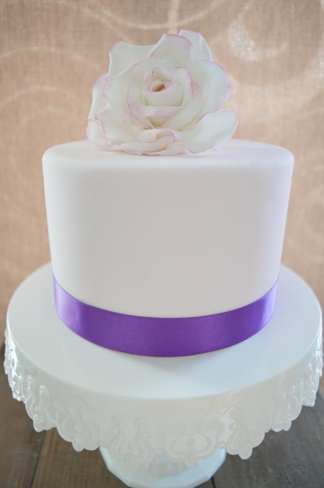 Breites Satinband Violett 25mm x 3m