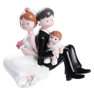Tortenfigur- Brautpaar mit Baby - Junge