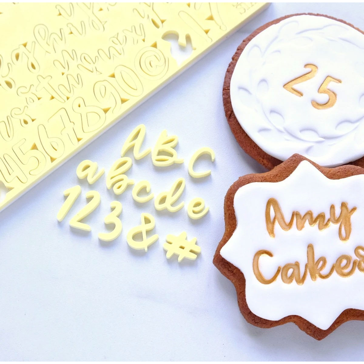 Sweet Stamp COOKIE Prägeset - Buchstaben, Zahlen & Symbole
