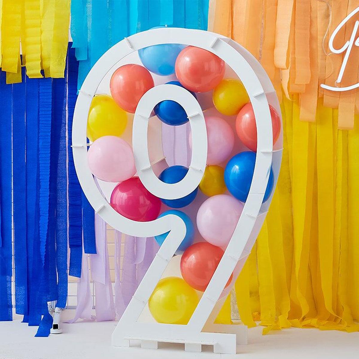 Zahlenständer mit Luftballons Nr.9 - Bunt